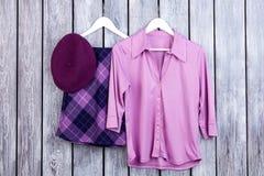 紫色妇女` s衣物汇集拼贴画  免版税库存照片