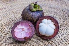 紫色山竹果树果子 图库摄影
