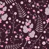 紫色开花在黑暗的背景的无缝的样式 库存图片