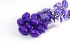 紫色的复活节彩蛋 库存照片