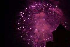 紫色的烟花 免版税库存照片