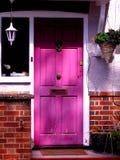 紫色门 库存图片