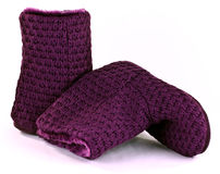 紫色kniteed拖鞋启动 库存照片