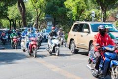 繁忙的交通在胡志明市 库存照片