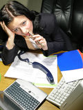 繁忙的女孩工作 免版税库存照片