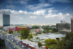 繁忙的明亮的天在贝尔格莱德,塞尔维亚 免版税库存照片