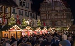 繁忙的Bodensee圣诞节公平在12月 库存图片