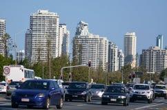 繁忙运输在冲浪者天堂澳大利亚 免版税图库摄影