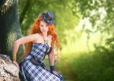 红发妇女 免版税库存照片