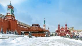 红场在降雪期间的冬天,莫斯科,俄罗斯 免版税库存照片