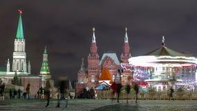 红场的夜视图有圣诞节的 股票录像