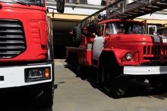 红火卡车在俄罗斯 免版税库存图片