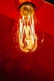 红灯电灯泡发光 库存照片