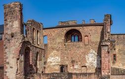 红砂岩城堡废墟在海得尔堡 库存照片