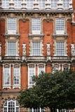 红砖大厦门面在伦敦 免版税库存图片