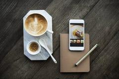 红糖烘烤咖啡饮用的咖啡因咖啡馆概念 免版税图库摄影