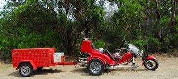 红色三轮车 免版税库存照片