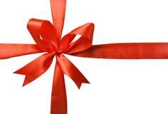 红色丝带被编织的弓  免版税库存图片