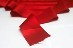 红色丝带x 库存照片