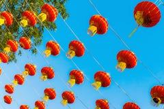 红色中国灯笼在愉快的中国年 库存照片