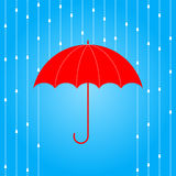 红色伞和雨 库存图片