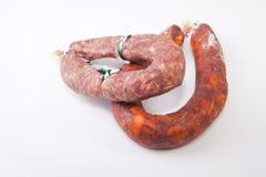 红色加调料的口利左香肠和salchichon 免版税图库摄影