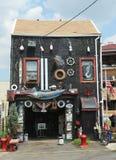 红色勾子部分的难以置信的房子在布鲁克林 库存图片
