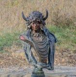 红色印第安雕象 免版税库存照片