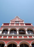 红色和白色房子在威廉斯塔德库拉索岛 库存照片