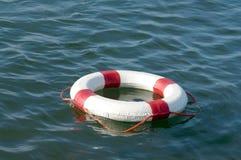 红色和白色抢救轮子 库存图片