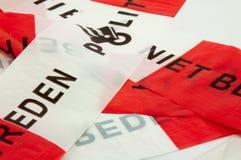 红色和白色警察线 免版税图库摄影