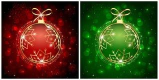 红色和绿色圣诞节球 免版税库存图片