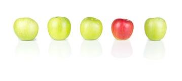 红色和绿色苹果- 01 免版税库存图片