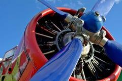 红色和黄色飞机 库存图片