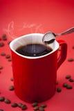红色咖啡杯 免版税库存图片