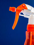 红色喷瓶 免版税库存图片