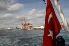 红色土耳其旗子 库存图片