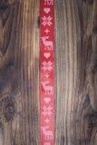 红色圣诞节丝带 免版税库存图片