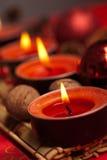 红色圣诞节欢乐蜡烛 免版税库存图片