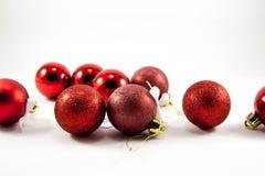 红色圣诞节球 免版税库存图片
