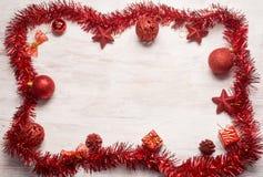 红色圣诞节装饰框架 免版税库存照片