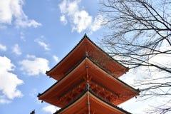 红色塔在日本 库存照片