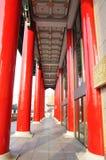 红色大的柱子 免版税库存照片