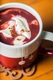 红色天鹅绒热巧克力 免版税库存照片