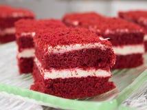 红色天鹅绒蛋糕 库存照片