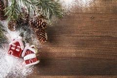红色安置圣诞节装饰 免版税库存图片