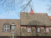 红色家庭屋顶 免版税库存图片