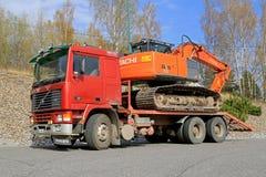 红色富豪集团F12冷热气自动调节机拖拉日立Z轴挖掘机 免版税库存图片