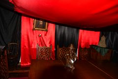 红色屋子在锡吉什瓦拉 罗马尼亚 库存照片