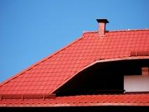 红色屋顶 免版税库存照片